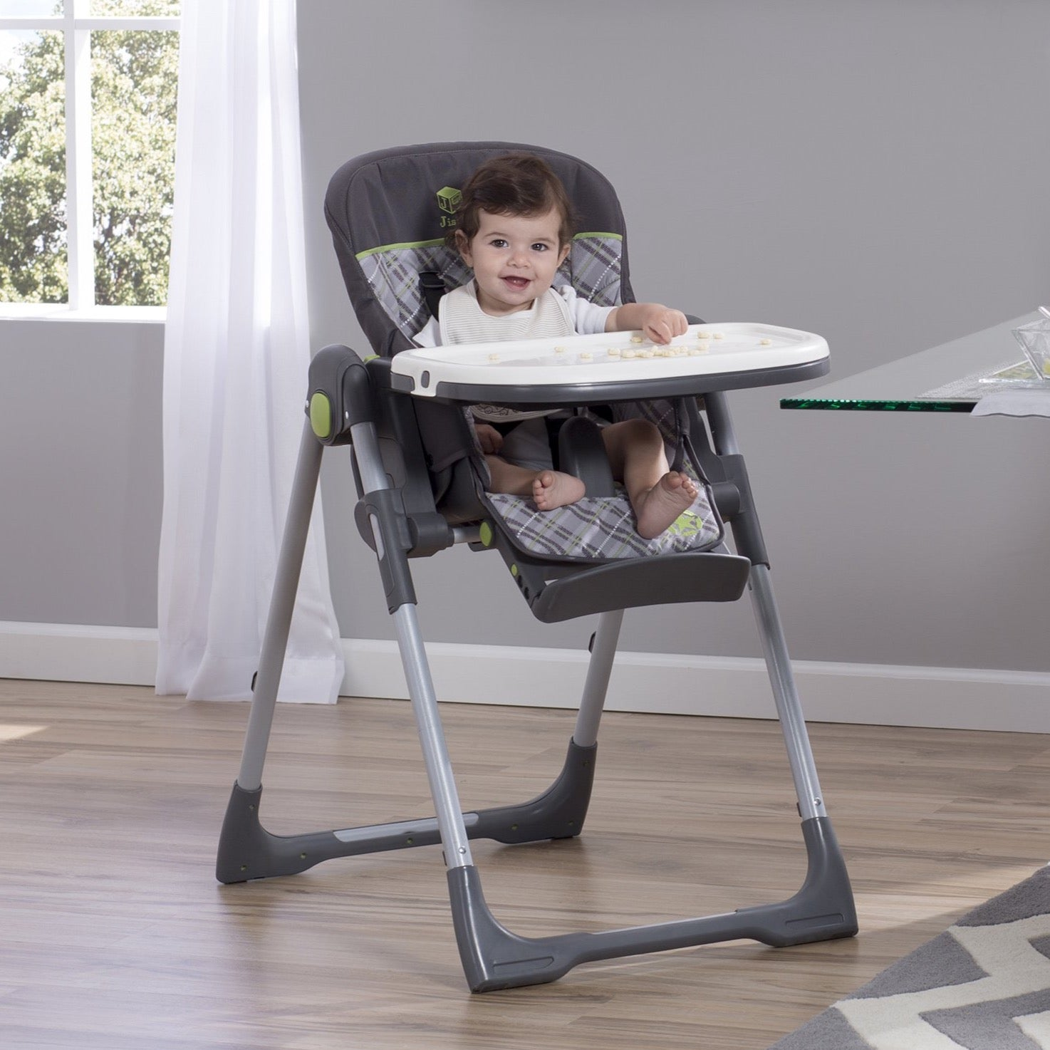 Jeep Classic Convertible High Chair for Babies and Toddlers