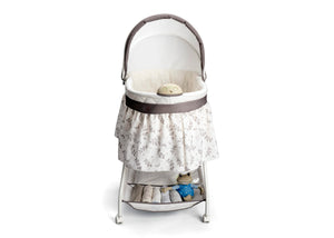 Delta Children Falling Leaves (138) Deluxe Sweet Beginnings Bassinet, Front Silo View View b2b