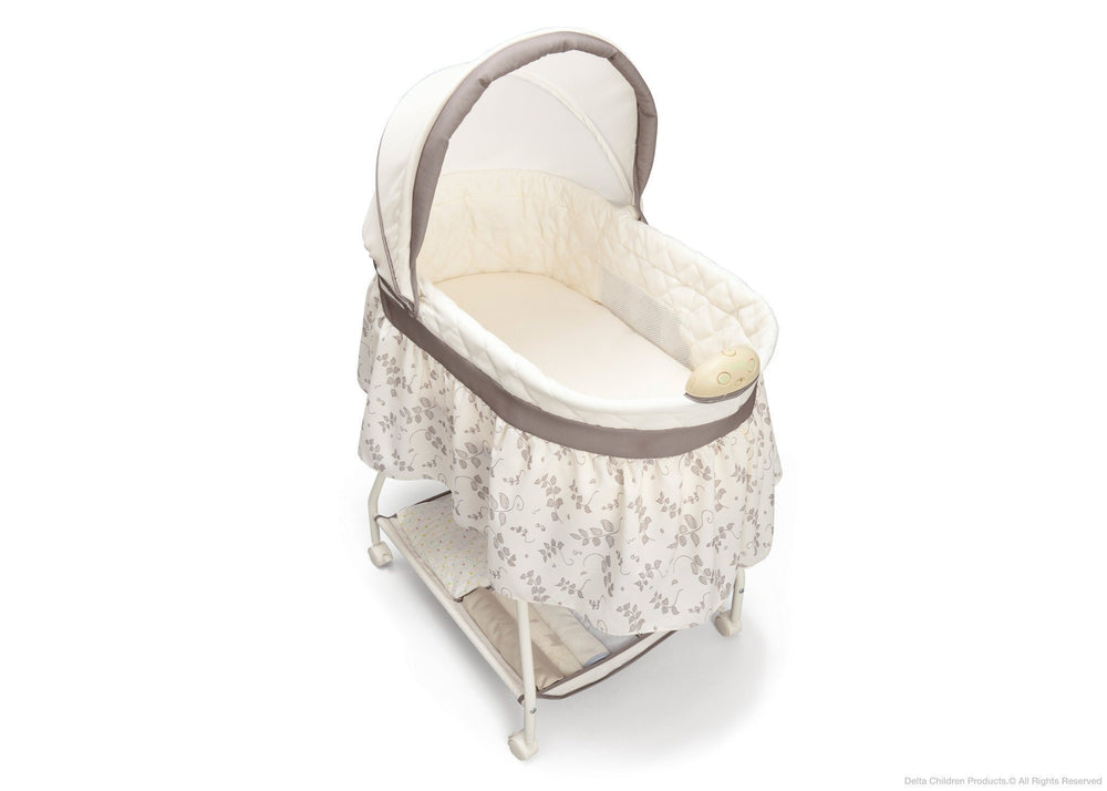 Delta Children Falling Leaves (138) Deluxe Sweet Beginnings Bassinet, Above View b3b