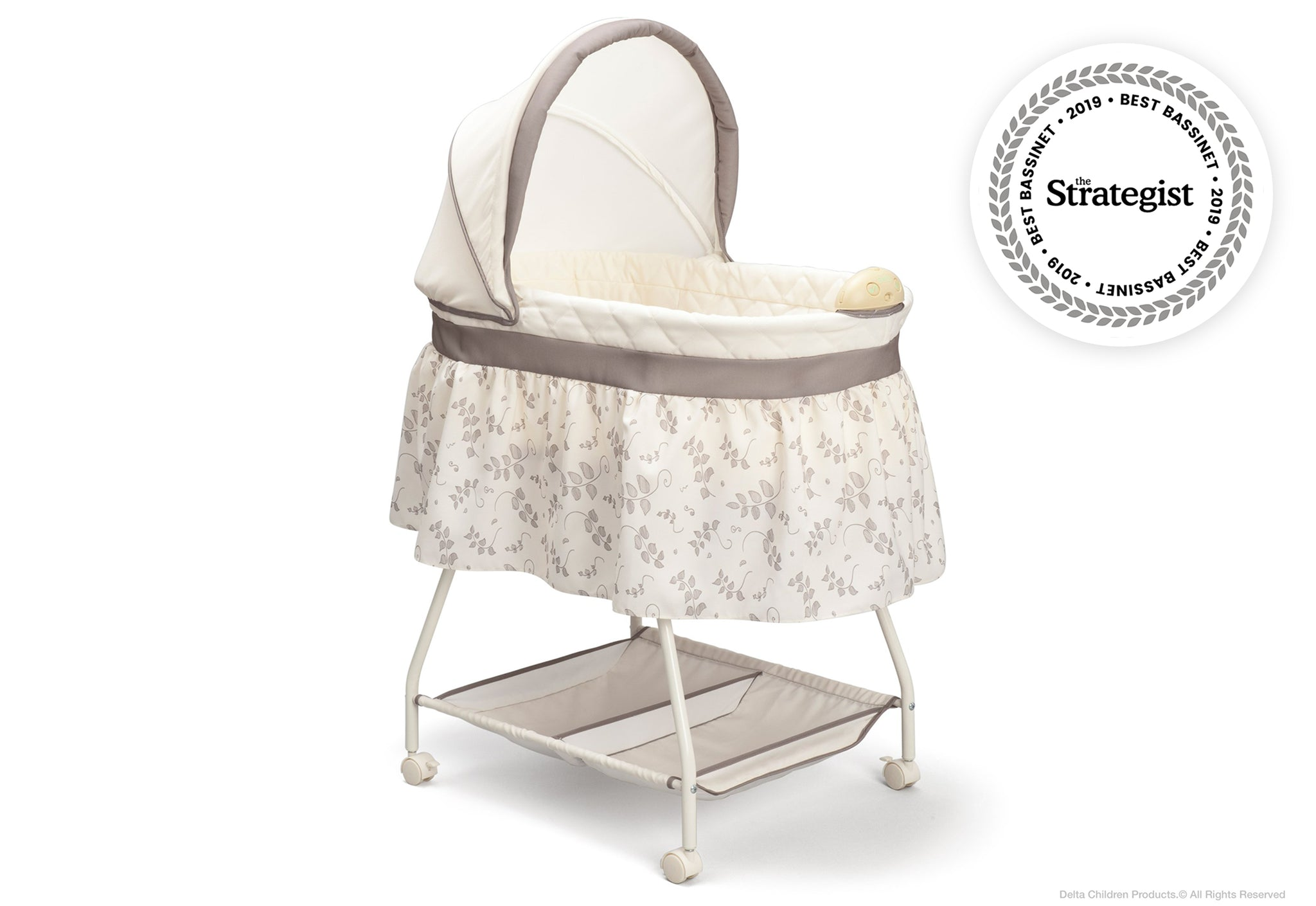 Delta Children Falling Leaves (138) Deluxe Sweet Beginnings Bassinet (25021) Badge Siloå