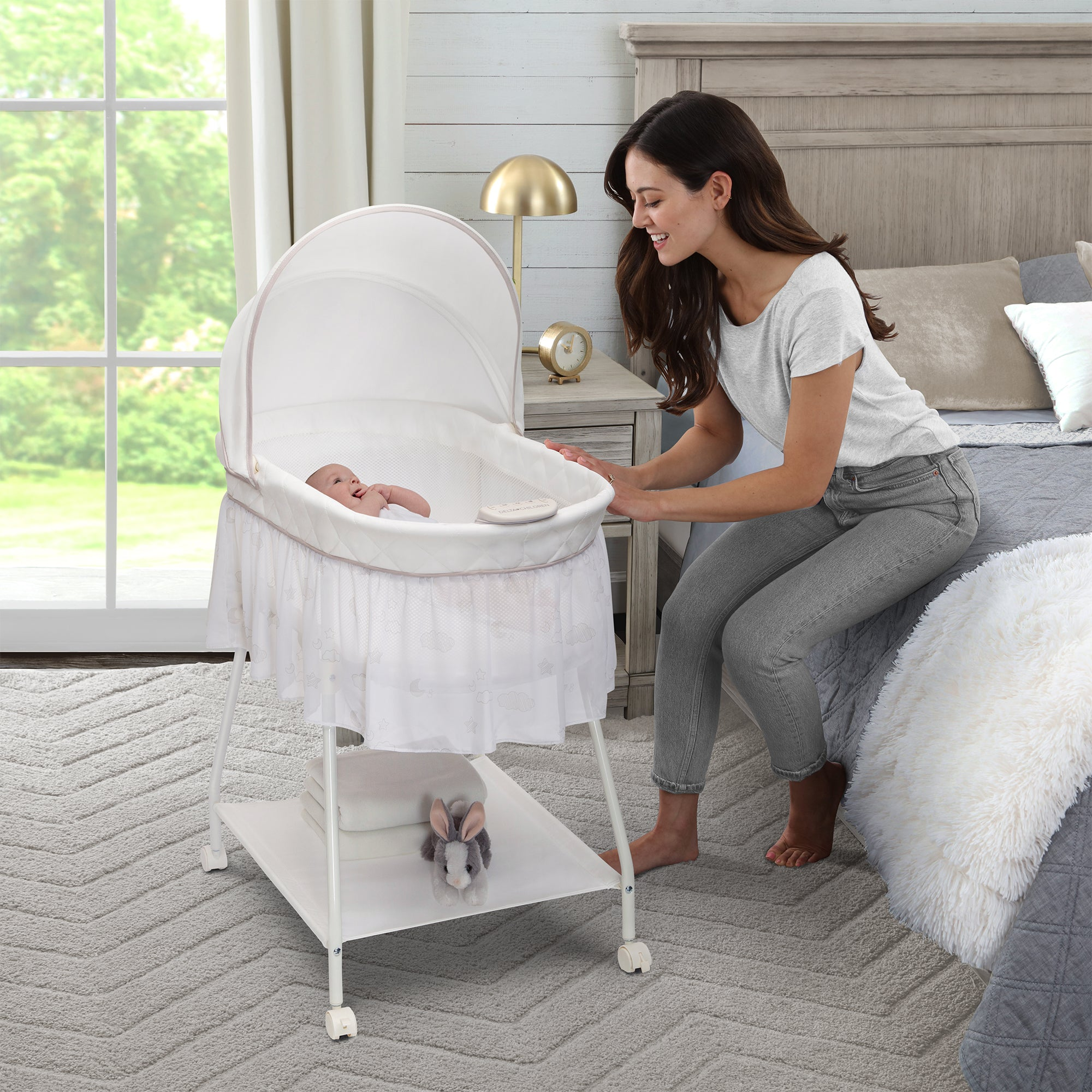 Classic Breeze Bassinet