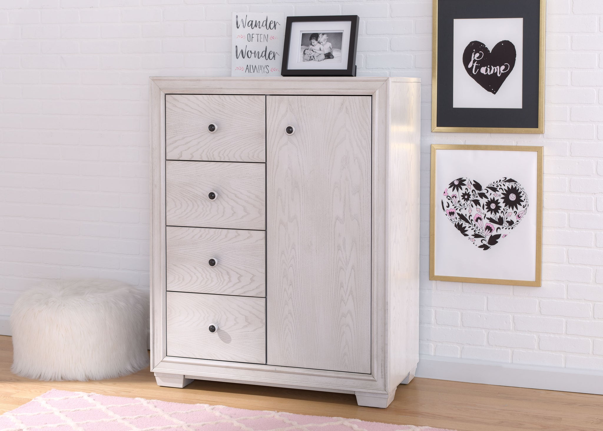 Simmons Kids Antique White (122)Ravello 4 Drawer Combo Chest, Hangtag View, a1a