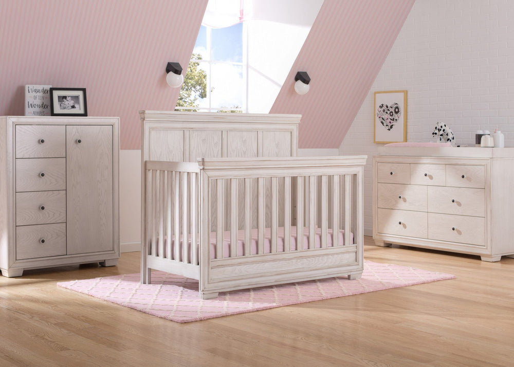 Simmons Kids Antique White (122) Ravello Crib 'N' More, Room View, b1b
