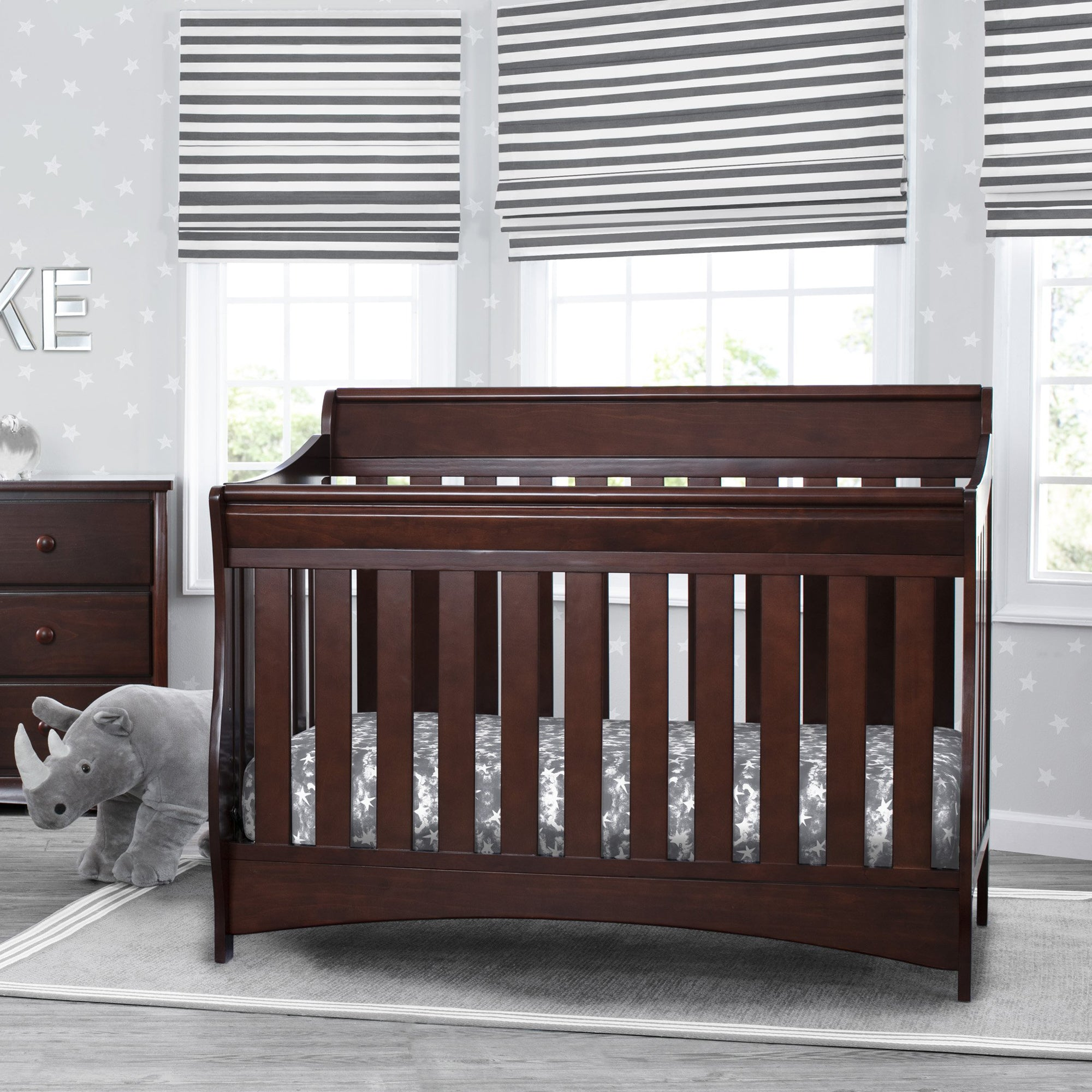 Bentley S Series Deluxe 6-in-1 Convertible Crib