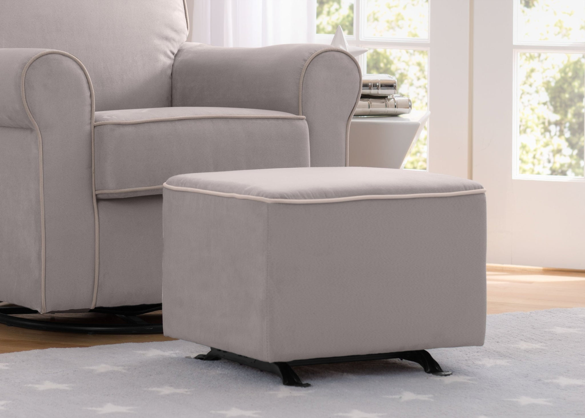 Delta Children Dove Grey with Soft Grey Welt (036) Nursery Gliding Ottoman (501220), Hangtag, b1b
