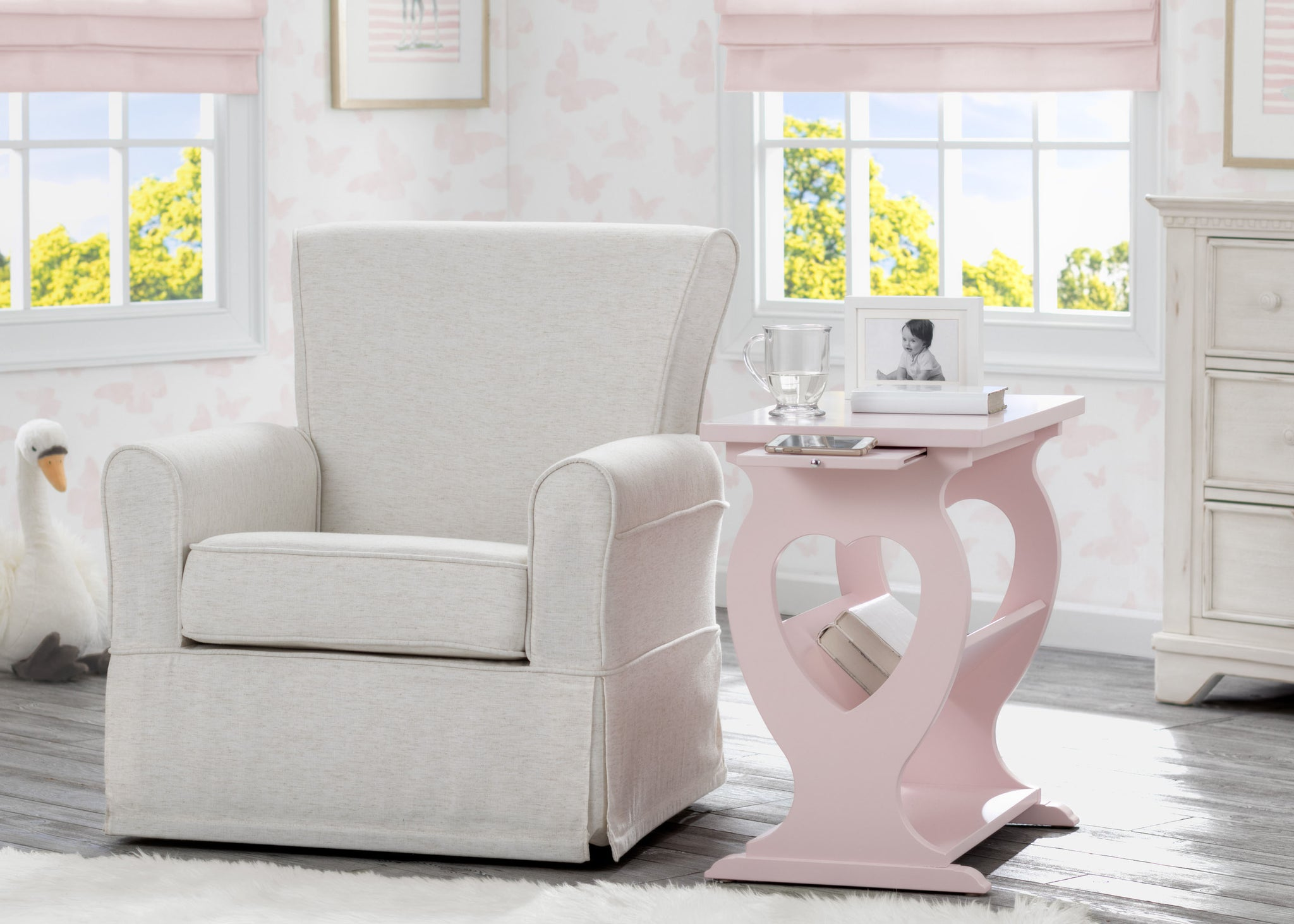Delta Children Lotus Pink (936) Canton End/Side Table (531430), Hangtag, e1e