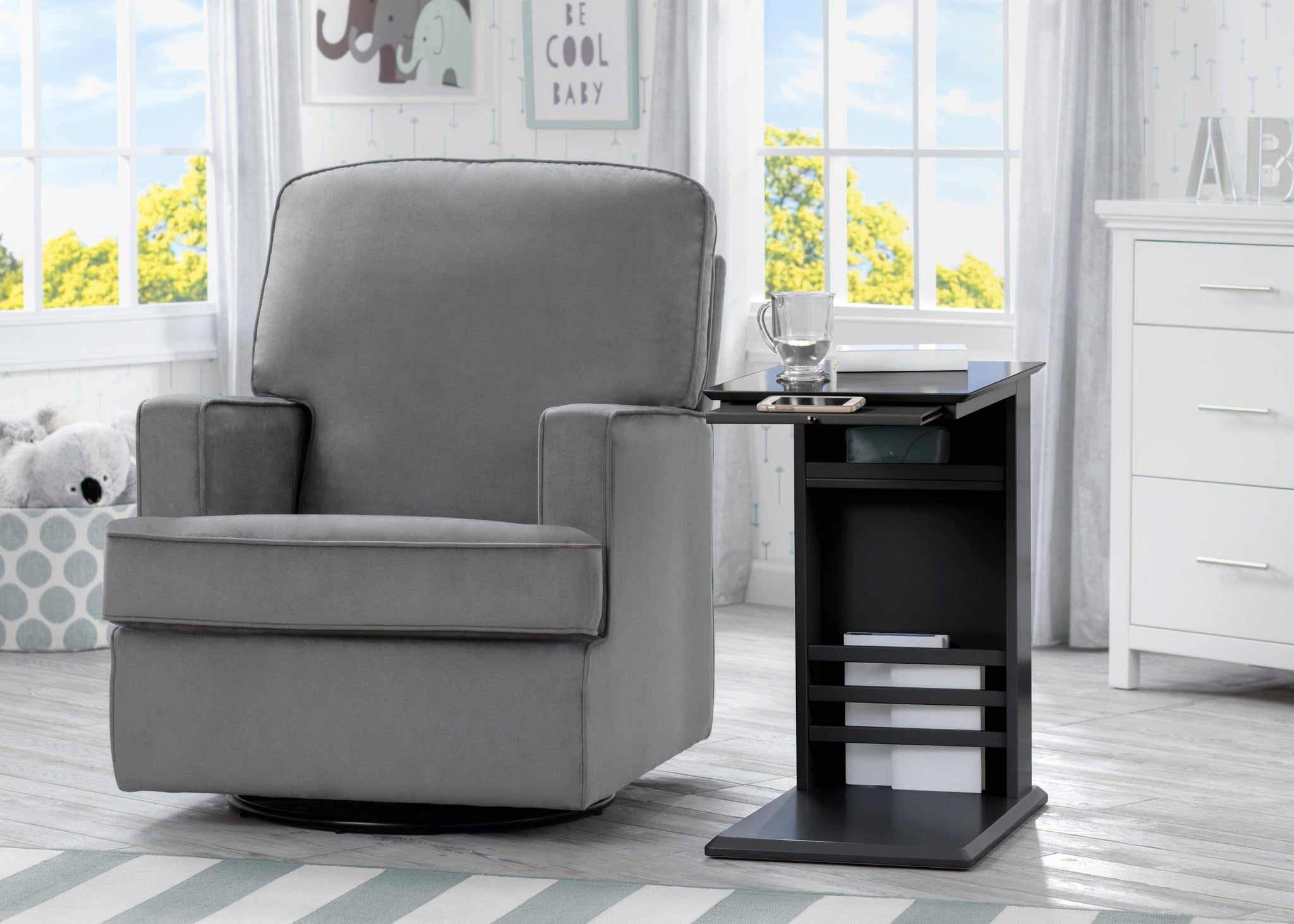Delta Children Ebony (0011) Nolan End/Side Table (531460), End Table Room Shot, c1c
