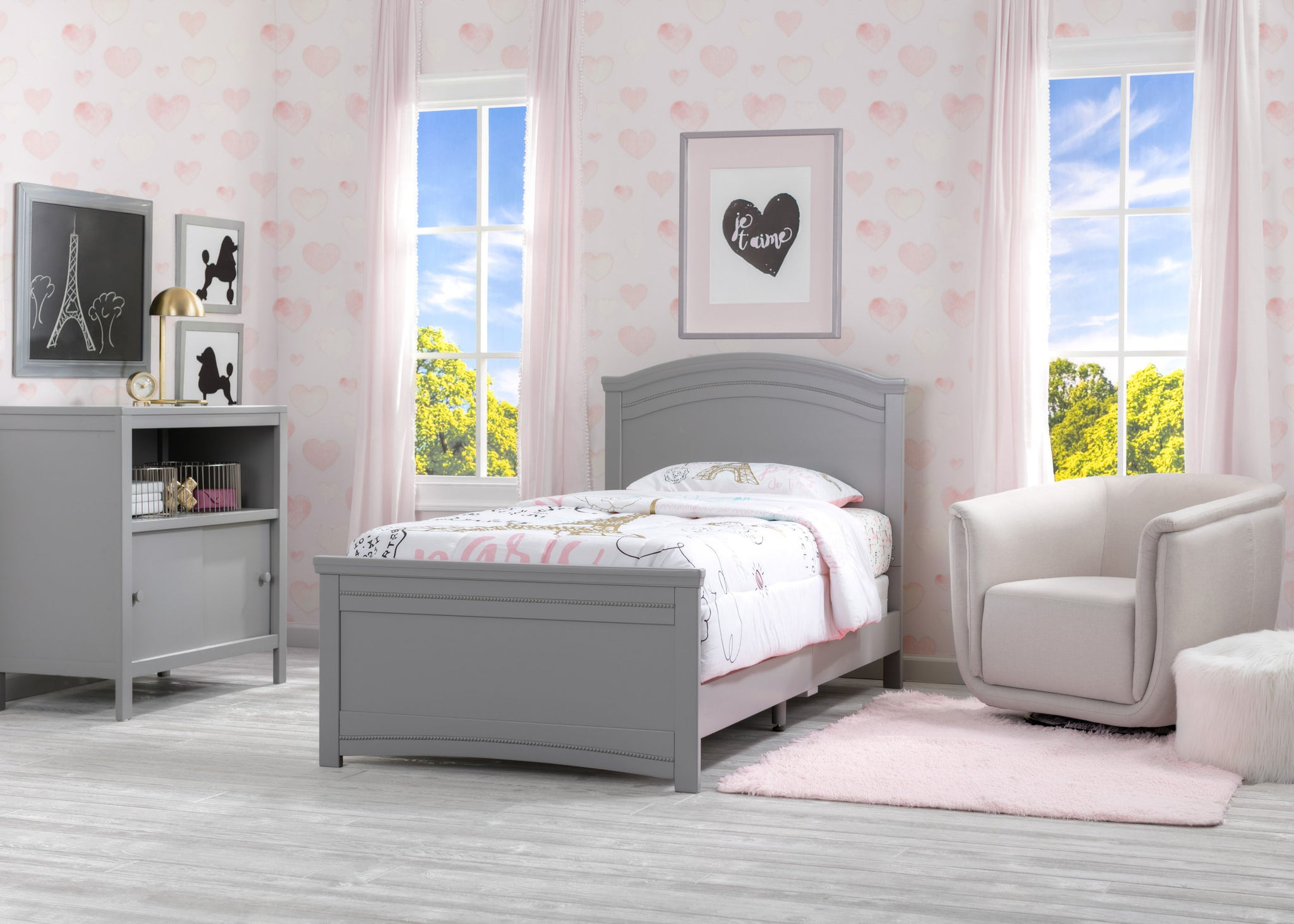 Delta Children Grey (026) Lindsey Twin Bed, Room Shot, a1a