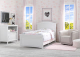 Delta Children Bianca White (130) Lindsey Twin Bed, Room shot, b1b