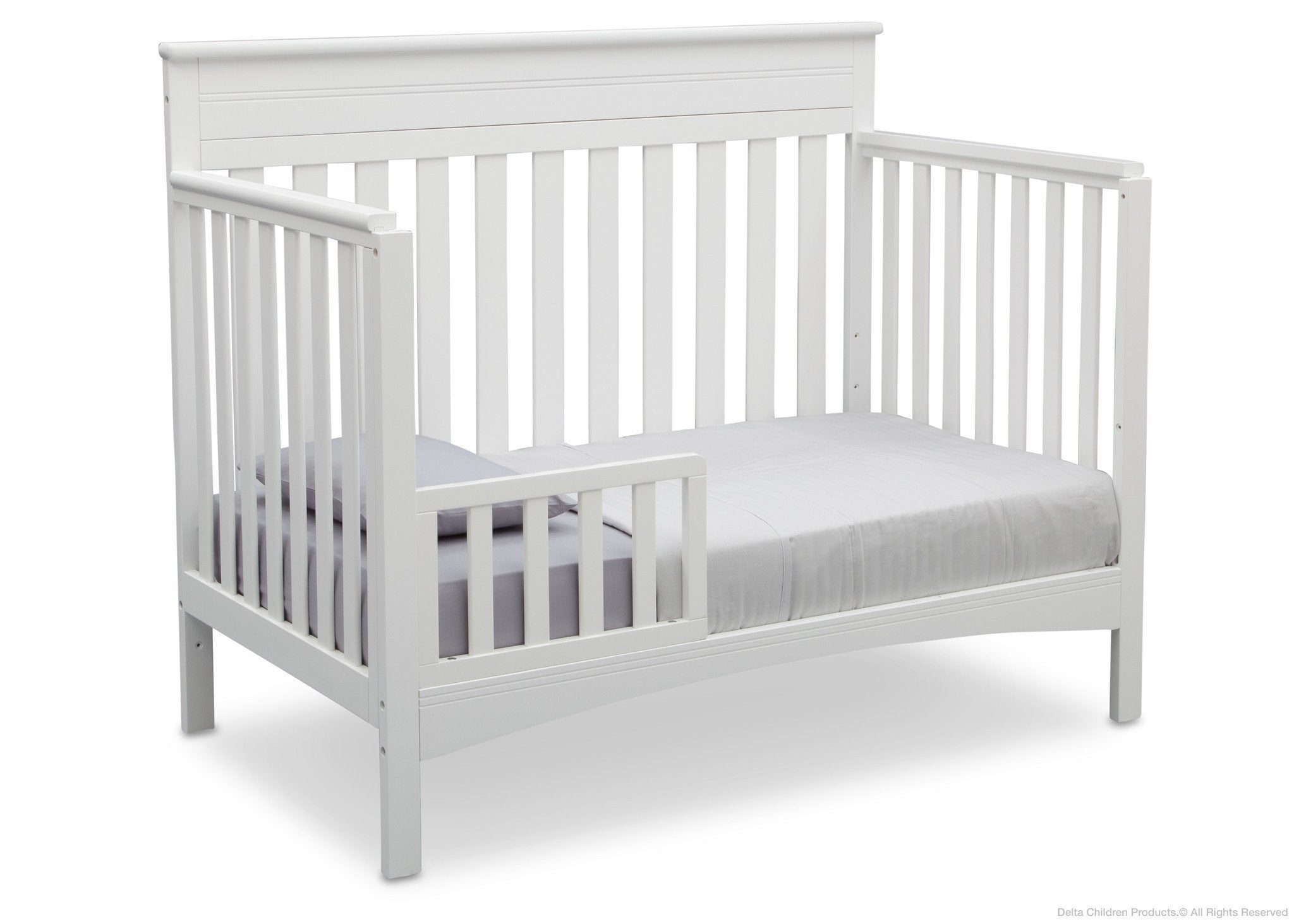 Delta Children Bianca (130) Fabio 4-in-1 Crib Side View, Toddler Bed Conversion with Toddler Guardrail b4b