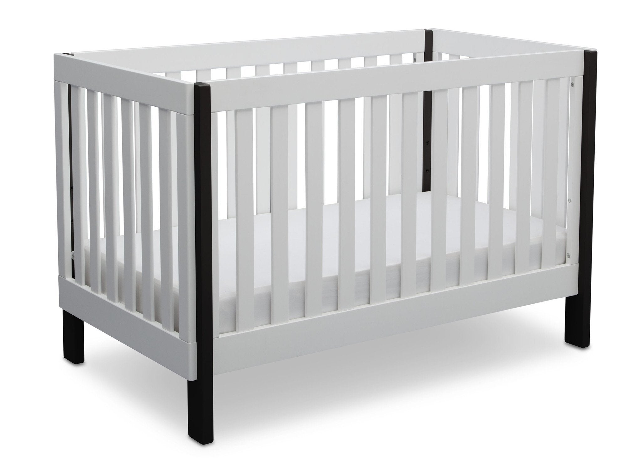Delta Children Bianca with Ebony (149) Bellevue 3-in-1 Crib, Angled Crib View a4a