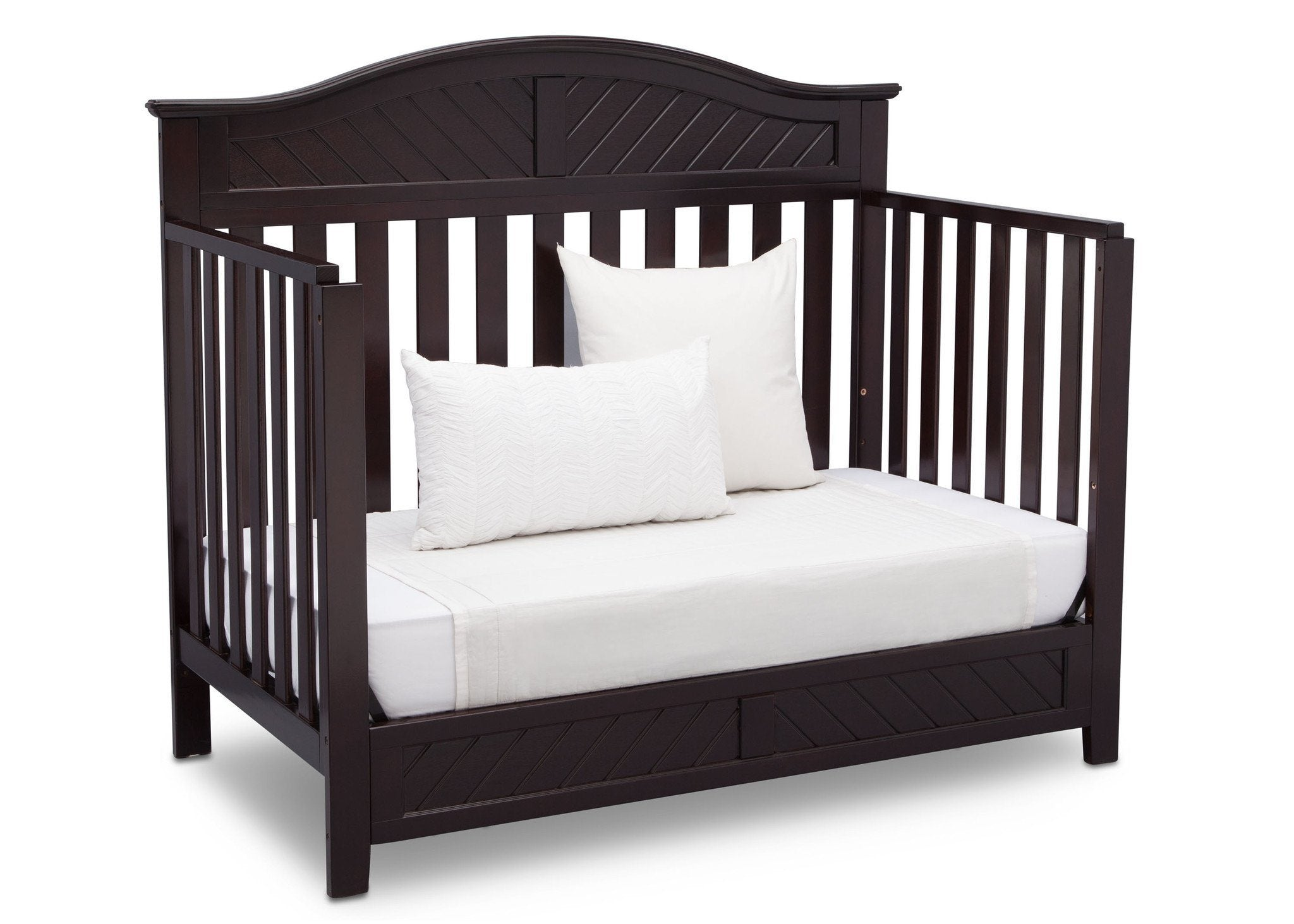 Delta Children Dark Espresso (958) Bennington Elite Curved 4-in-1 Crib angled conversion to daybed b5b