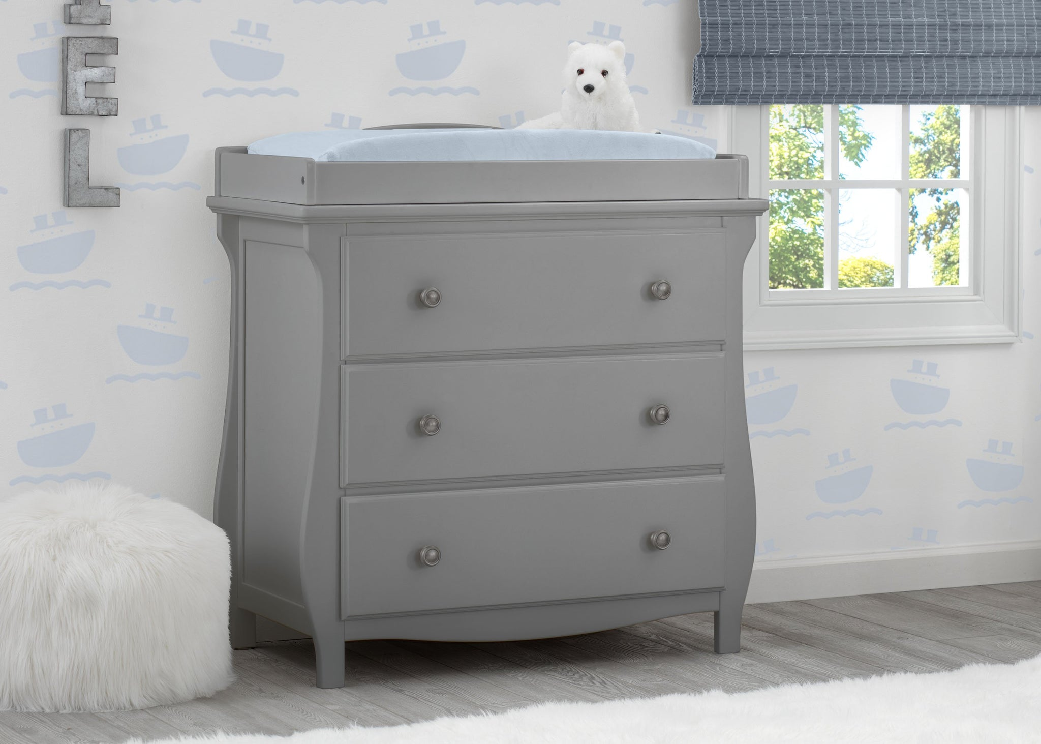 Delta Children Grey (026) Lancaster 3 Drawer Dresser with Changing Top (552030), Hangtag, a1a
