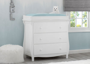 Delta Children Bianca White (130) Lancaster 3 Drawer Dresser with Changing Top (552030), Hangtag, b1b
