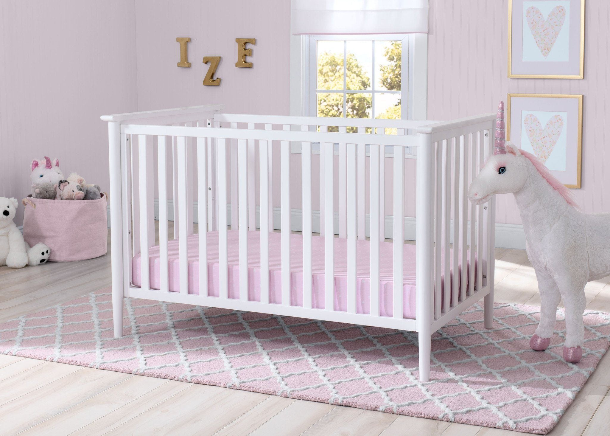 Delta Children Bianca White (130) Greyson 3-in-1 Crib, Hangtag, a0a