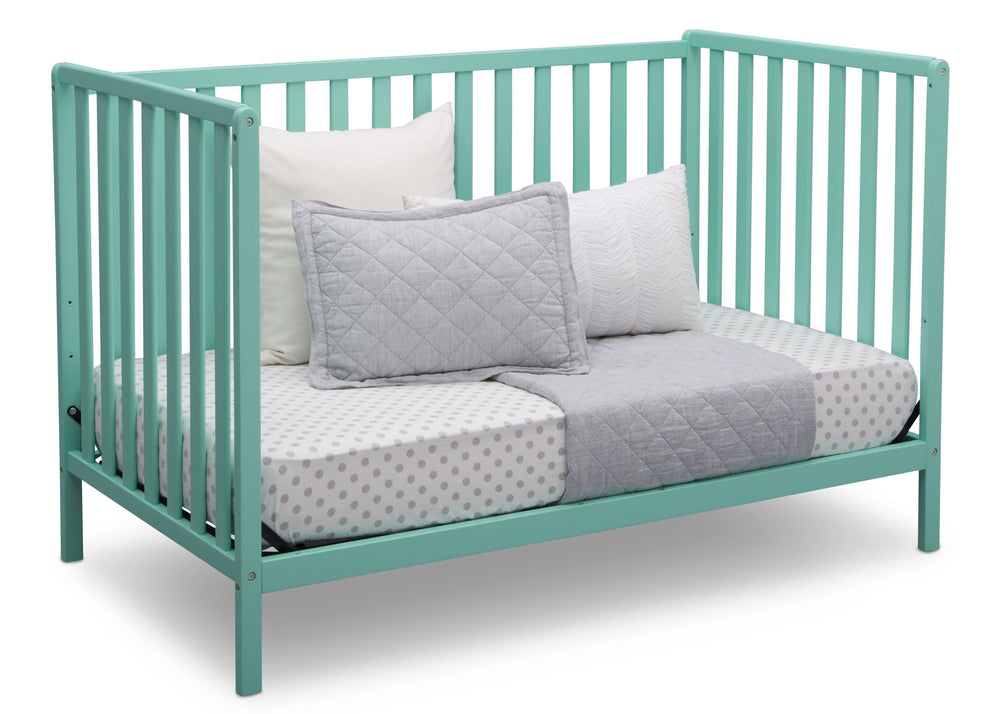 Delta Children Aqua (347) Heartland 4-in-1 Convertible Crib, Daybed View e5e