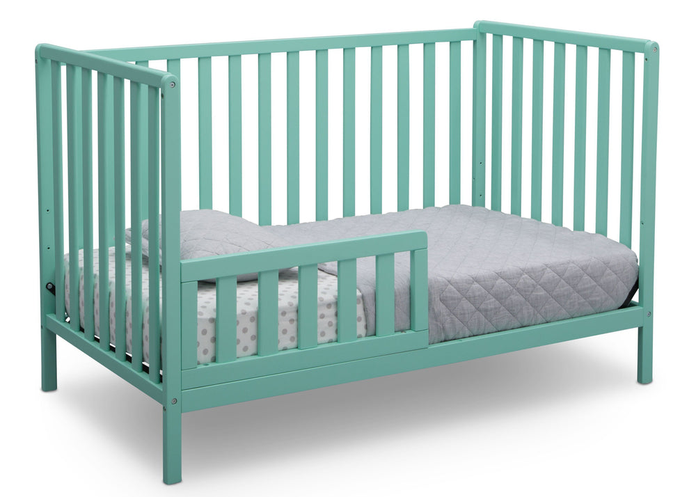 Delta Children Aqua (347) Heartland 4-in-1 Convertible Crib, Toddler Bed View e4e