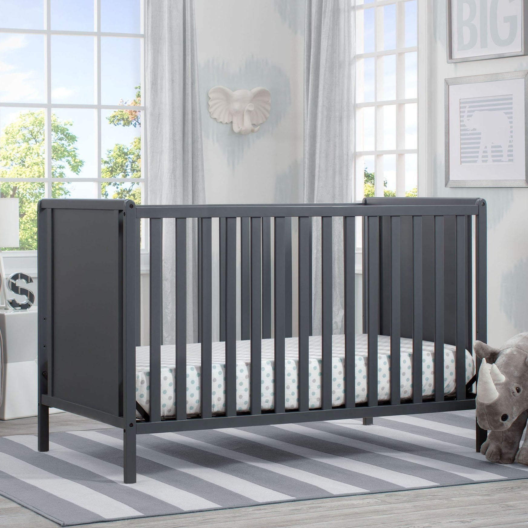 Heartland Classic 4-in-1 Convertible Crib