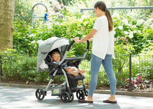 Jeep Unlimited Reversible Handle Stroller by Delta Children, Grey Tweed (2012), Lifestyle
