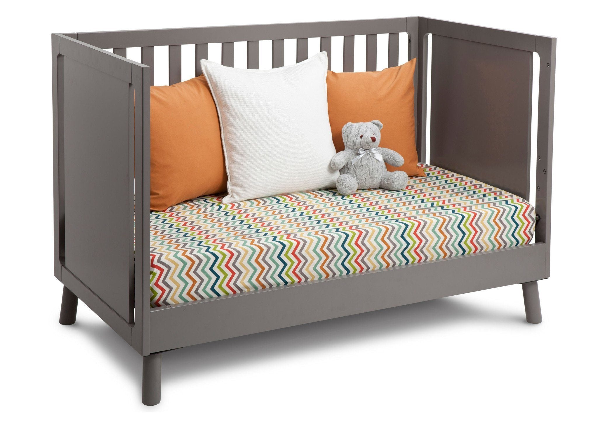 Delta Children Classic Grey (028) Manhattan 3-in-1 Crib, Day Bed Conversion a5a