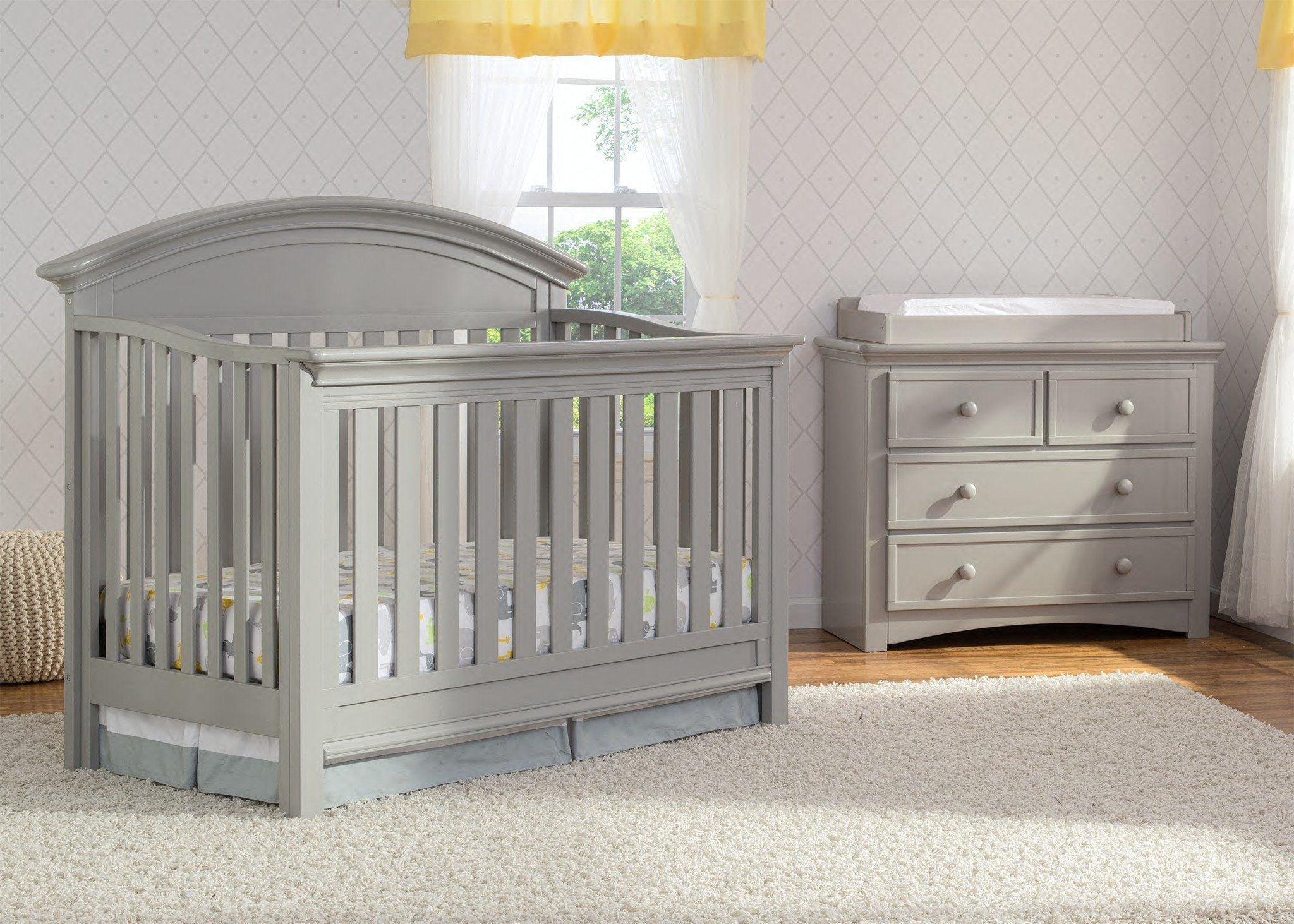 Serta Grey (026) Aberdeen 4-in-1 Crib, Crib Conversion in Setting 2 a1a