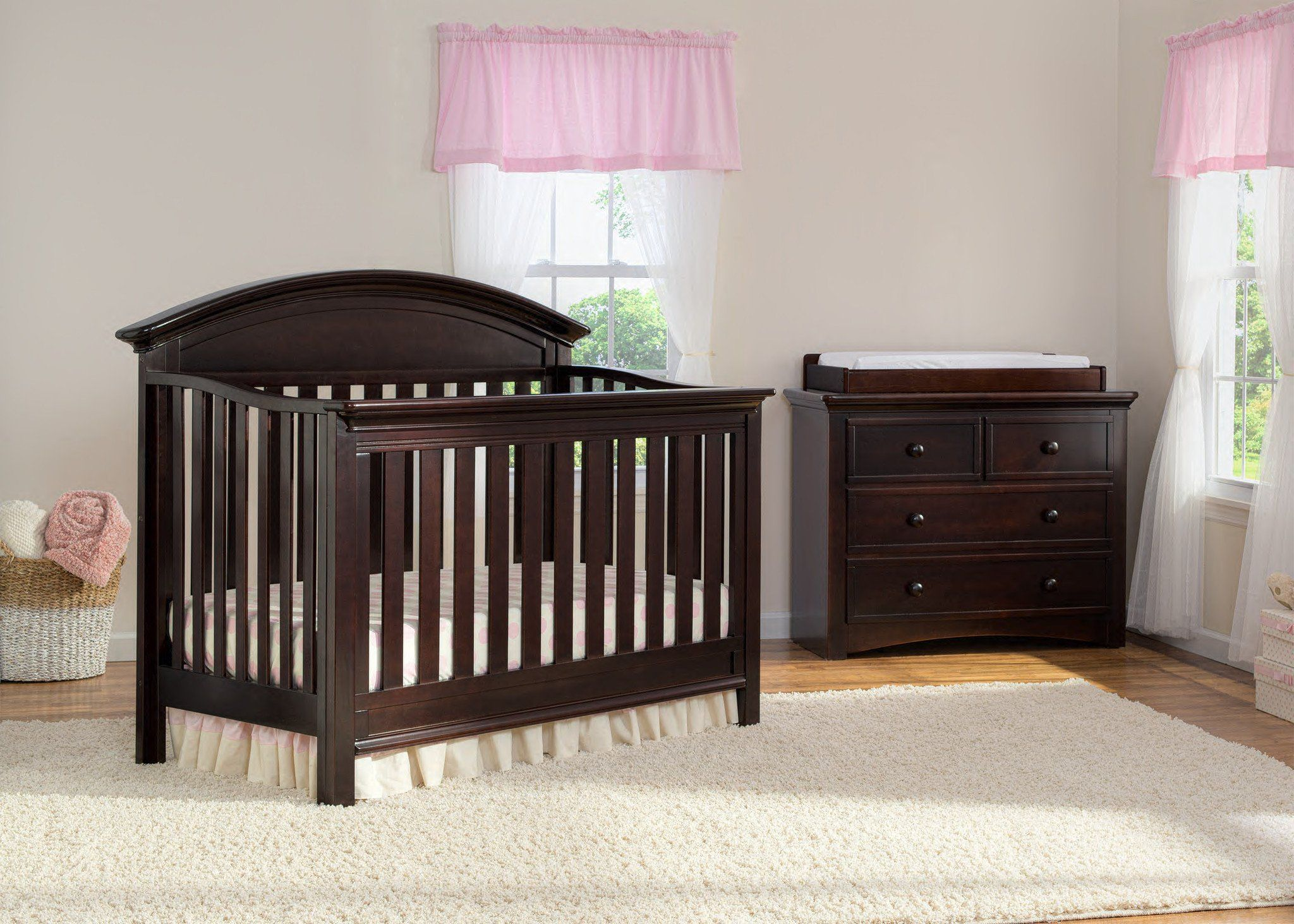 Serta Dark Chocolate (207) Aberdeen 4-in-1 Crib, Crib Conversion in Setting 2 c1c