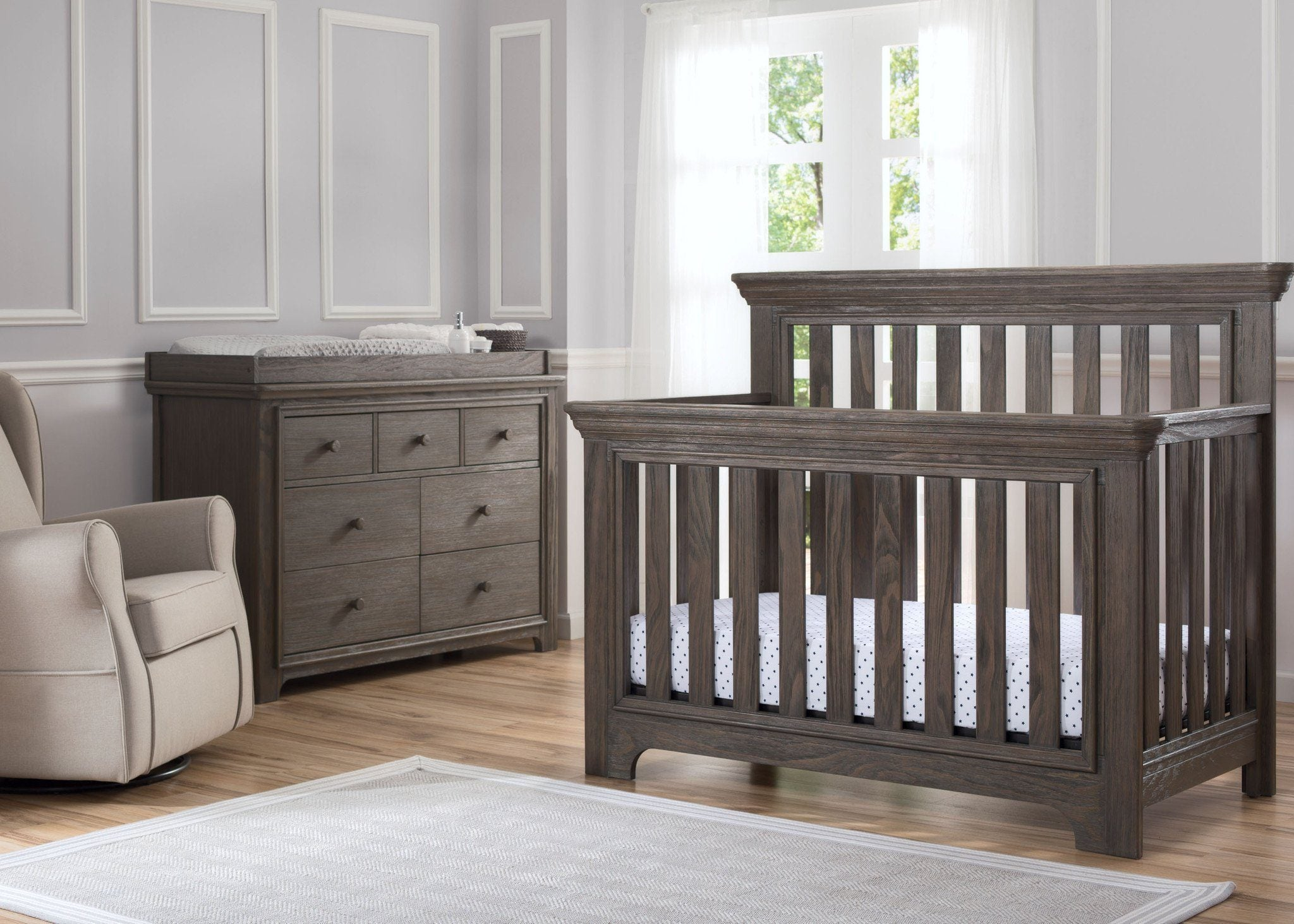 Serta Rustic Grey 084 Langley 4 In 1 Crib Room View A1a