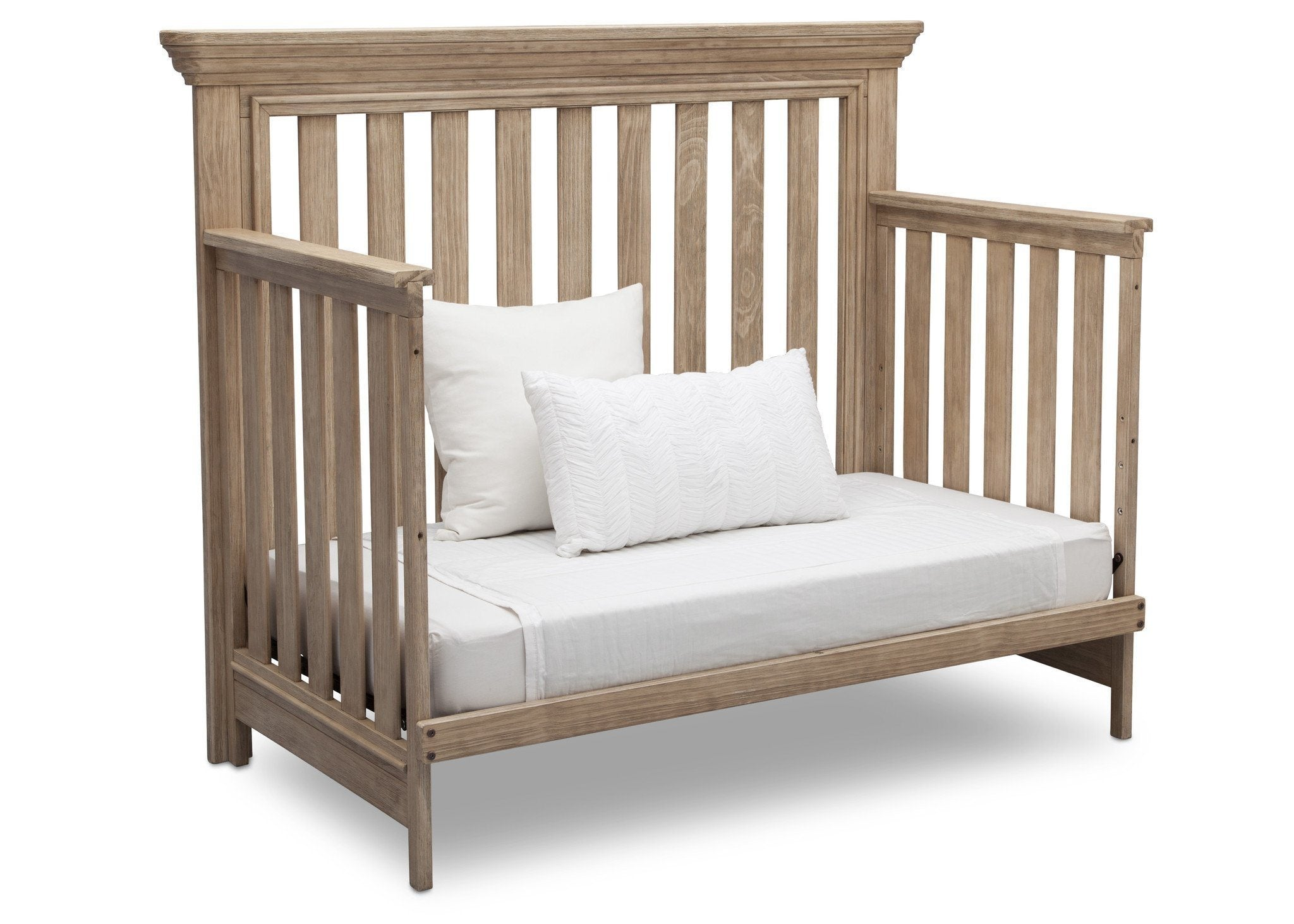 Serta Rustic Driftwood (112) Langley 4-in-1 Crib Right View Day Bed Conversion b4b