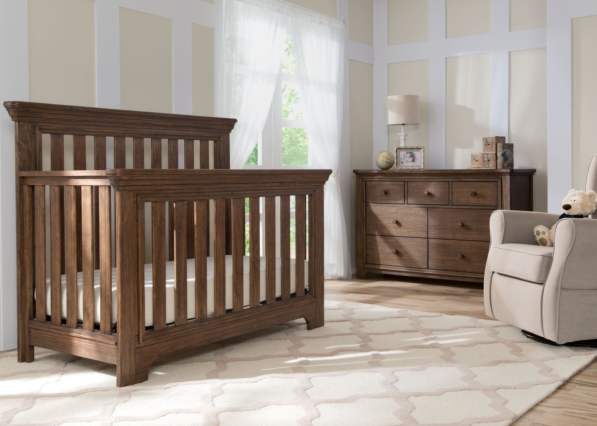Serta Rustic Oak (229) Langley 4-in-1 Crib Room View c1c for Langley 4-in-1 Crib