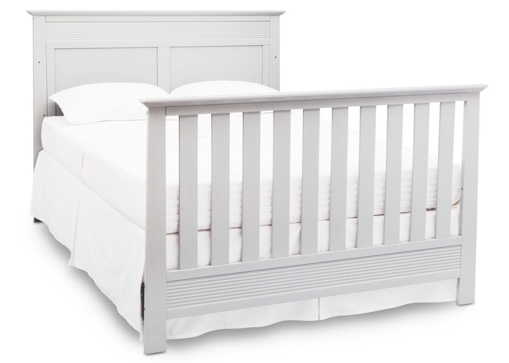 Serta Bianca (130) Fall River 4-in-1 Convertible Crib, Right Full Bed View b5b