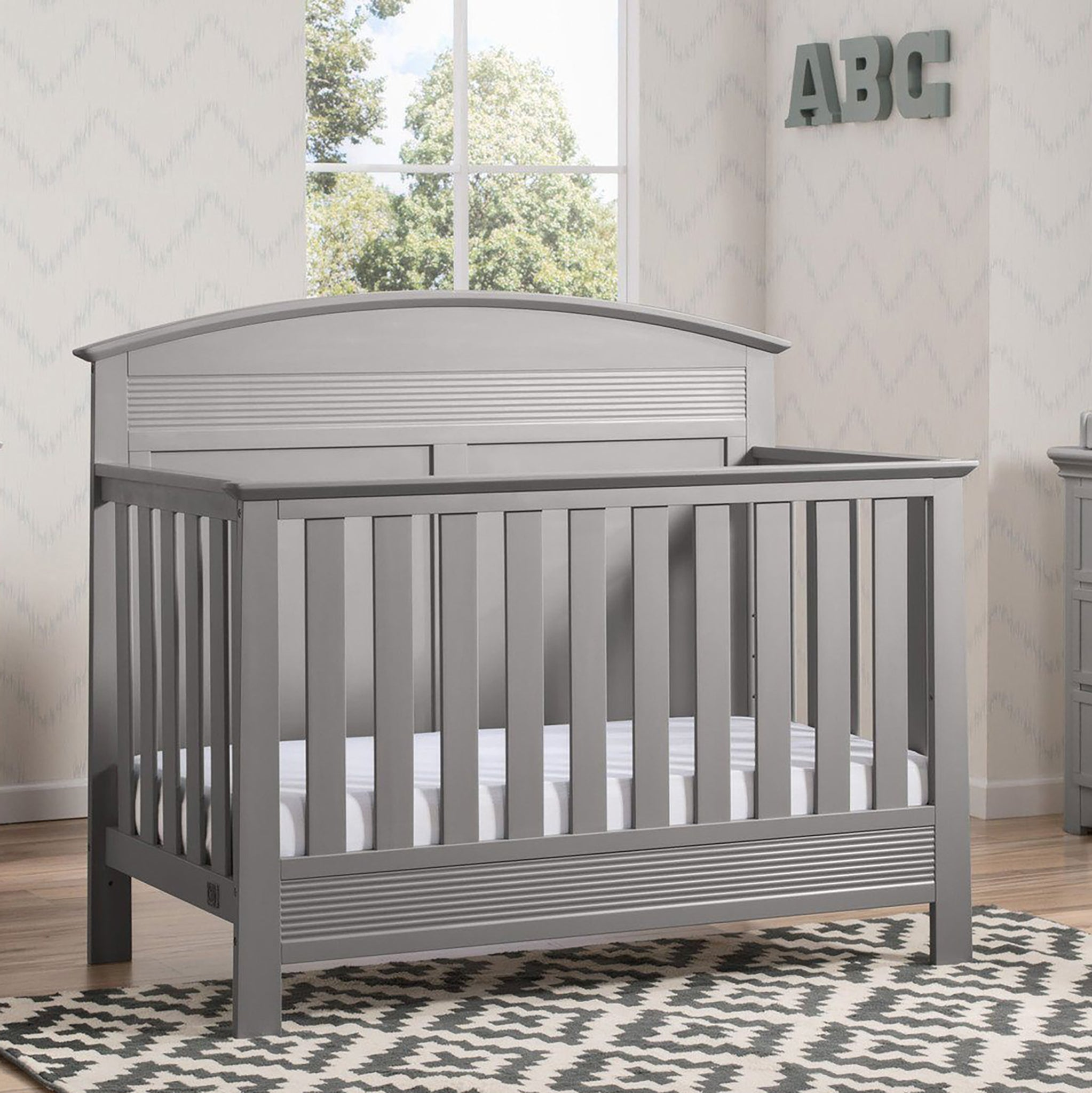 Ashland 4-in-1 Convertible Crib