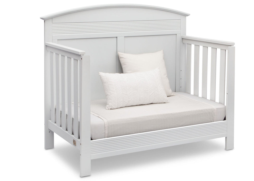 Serta Bianca (130) Ashland 4-in-1 Convertible Crib, Right Day Bed View b4b