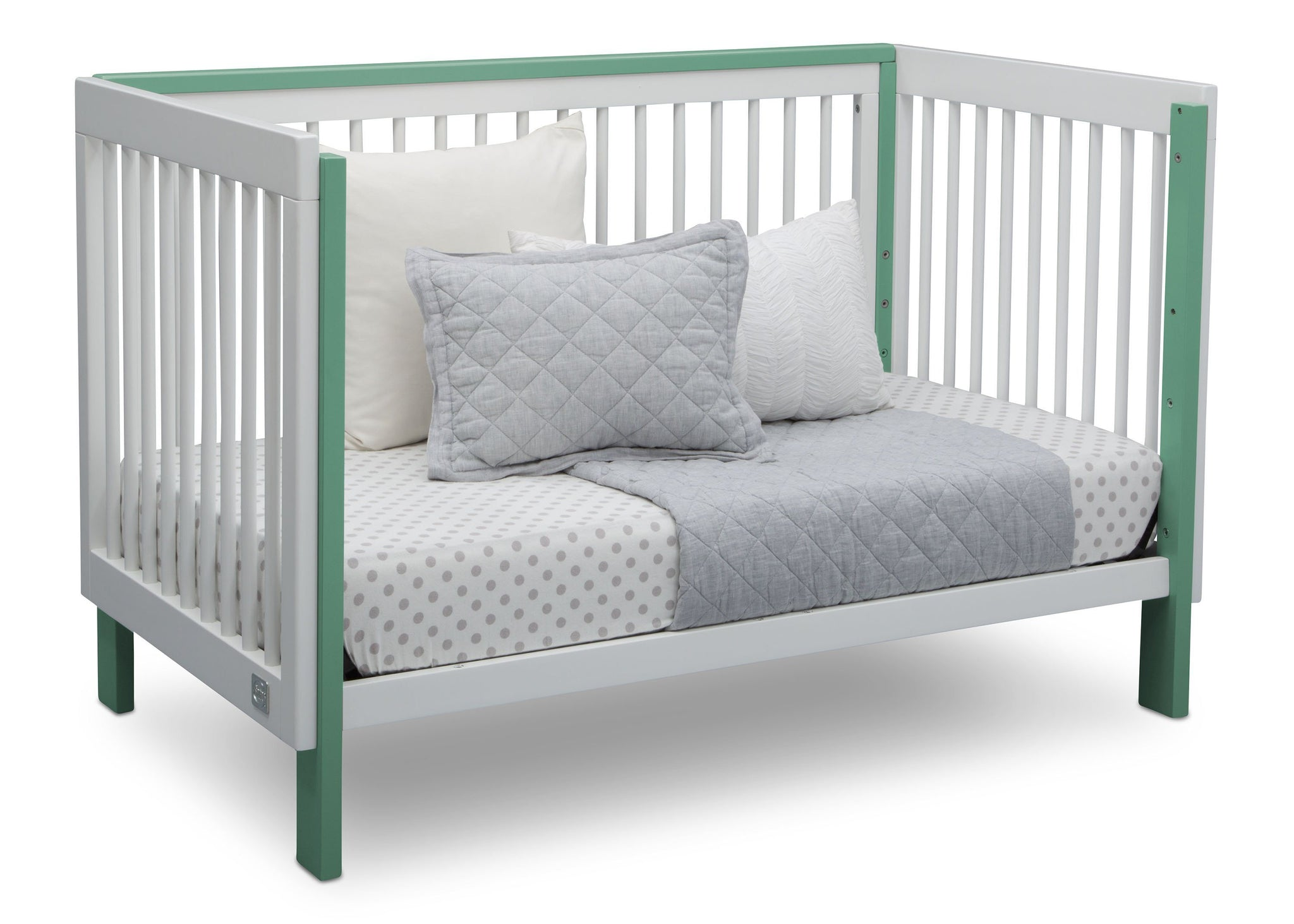 Serta Fremont 3-in-1 Convertible Crib Bianca with Aqua (134) Daybed a5a