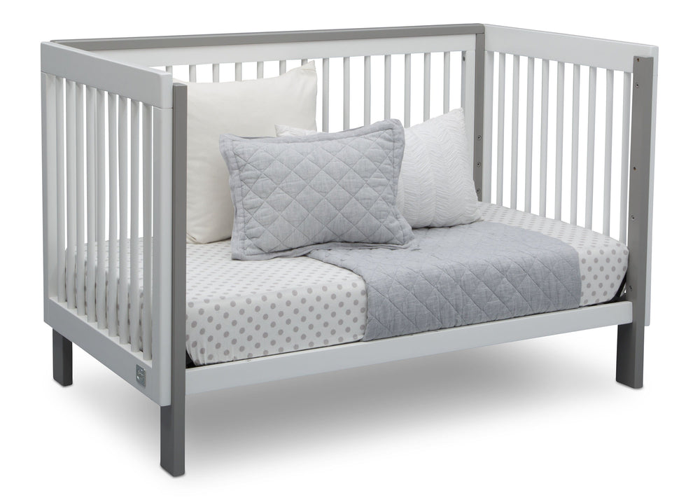Serta Fremont 3-in-1 Convertible Crib Bianca with Grey (166) Daybed c5c