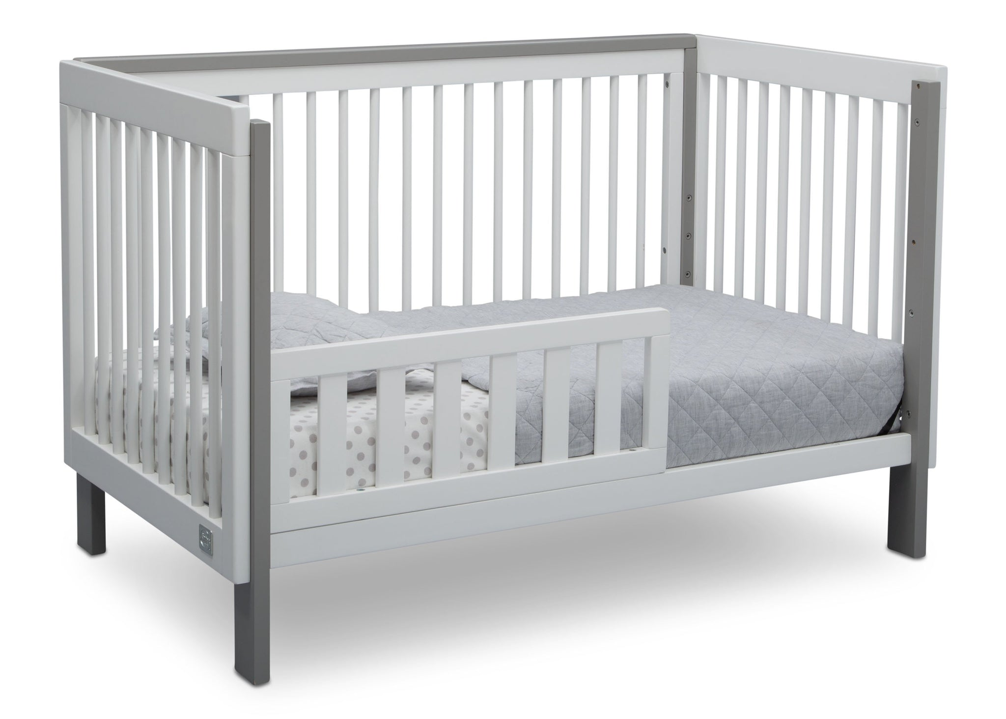 Serta Fremont 3-in-1 Convertible Crib Bianca White with Grey (166) Toddler Bed c4c