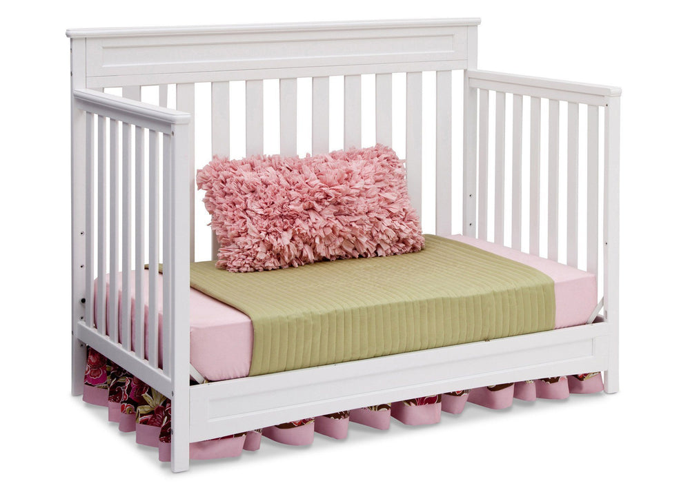 Delta Children White (100) Geneva 4-in-1 Crib, Day Bed Conversion b4b