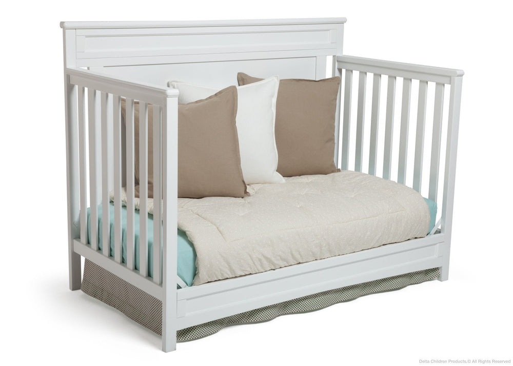 Delta Children White (100) Princeton 4-in-1 Crib, Day Bed Conversion b4b