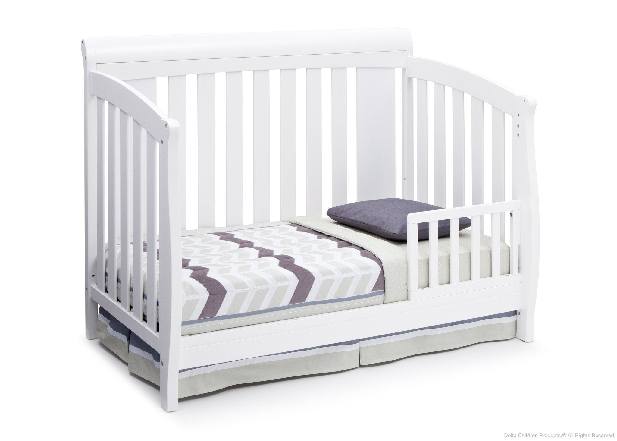 Delta Children Bianca White (130) Clermont 4-in-1 Crib, Toddler Bed Conversion a3a
