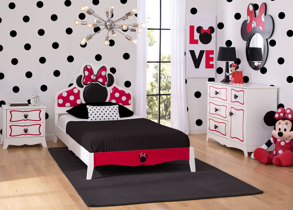 minnie mouse wooden twin bedroom collection delta children 12410 | 99447mn minnie twin bedroom roomshot red hi res 67edd91d 6a0a 4111 b9e1 3b07622556ce 1024x1024 v 1524667538
