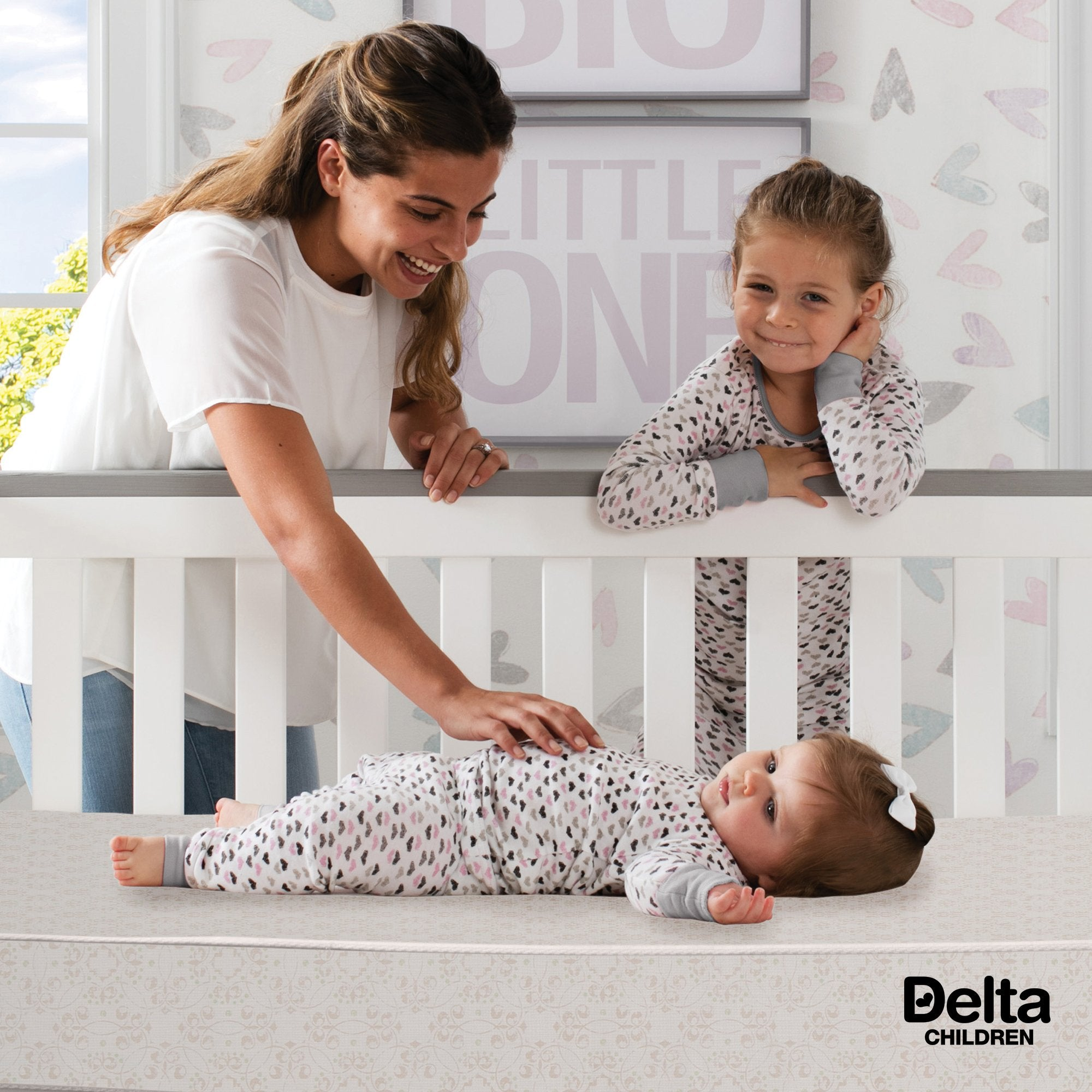 Delta Children Twinkle Stars 4-Inch Mini Crib Mattress, Lifestyle View