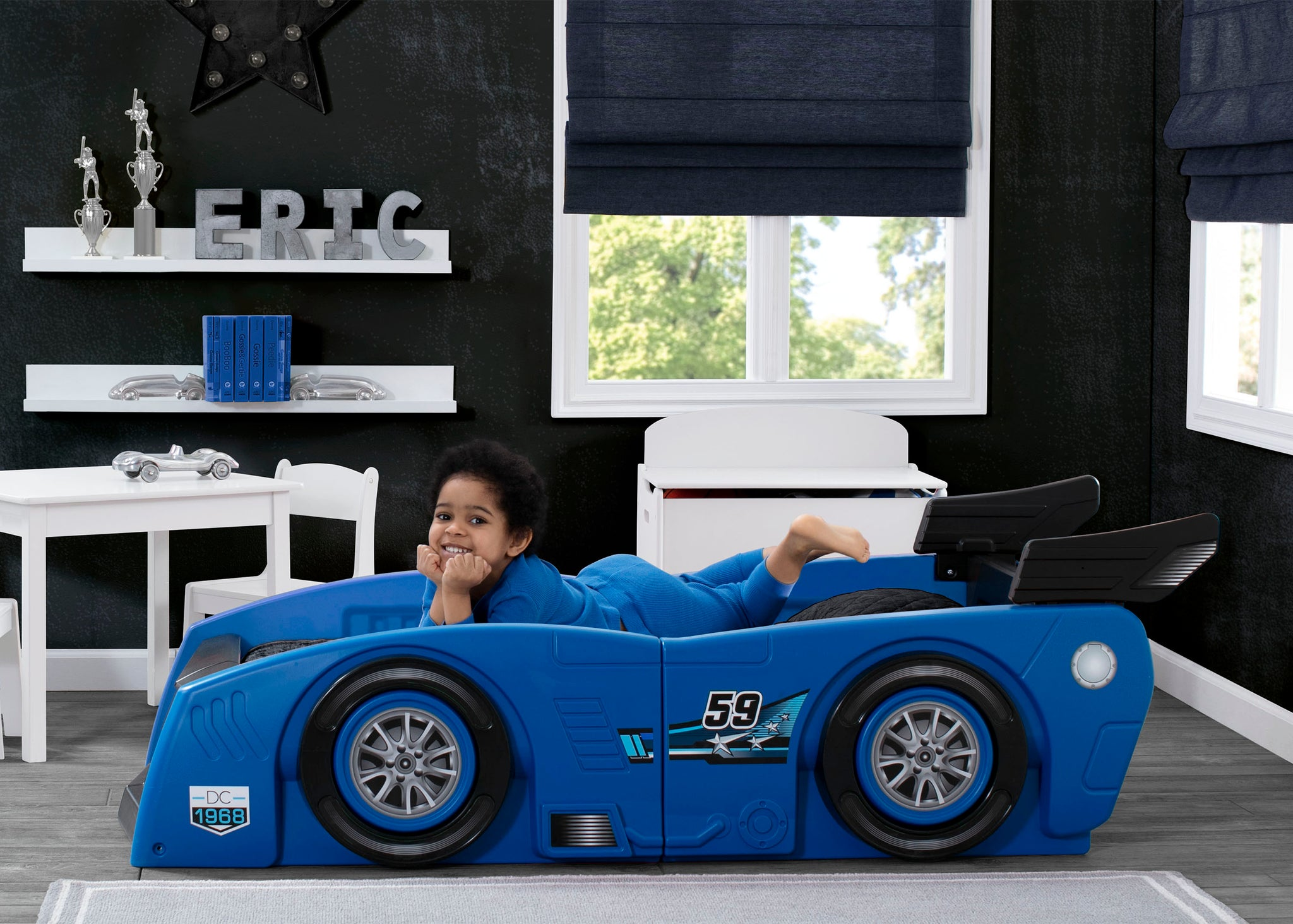Delta Children Blue & Black (485) Grand Prix Race Car Toddler-to-Twin Bed, Toddler Room View