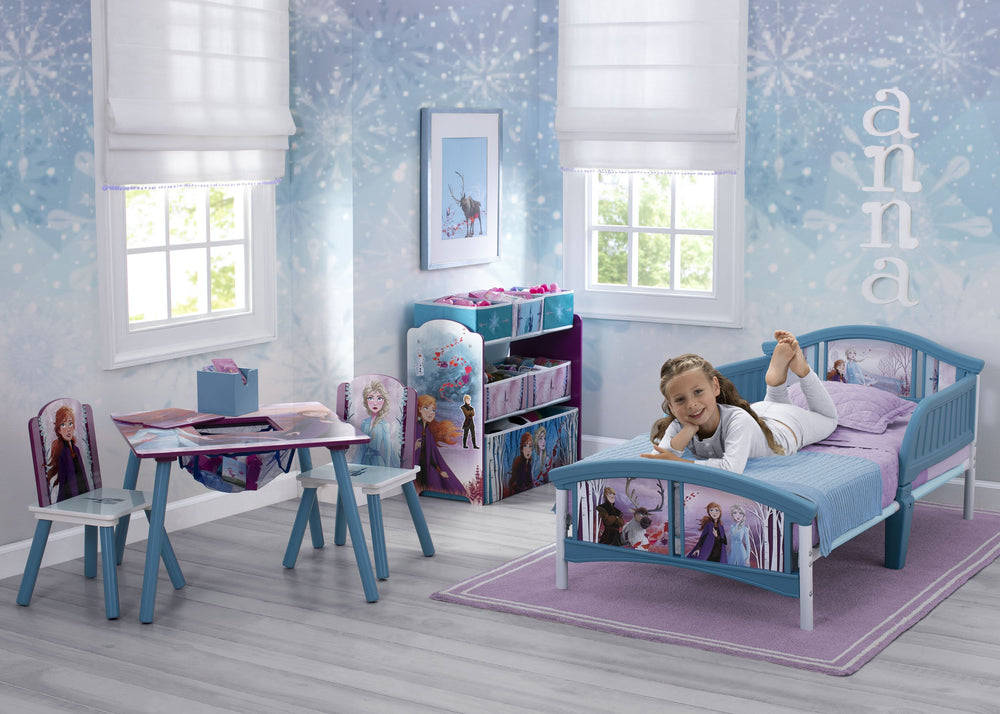 Delta Children Frozen 2 (1097) Plastic Toddler Bed, Room View
