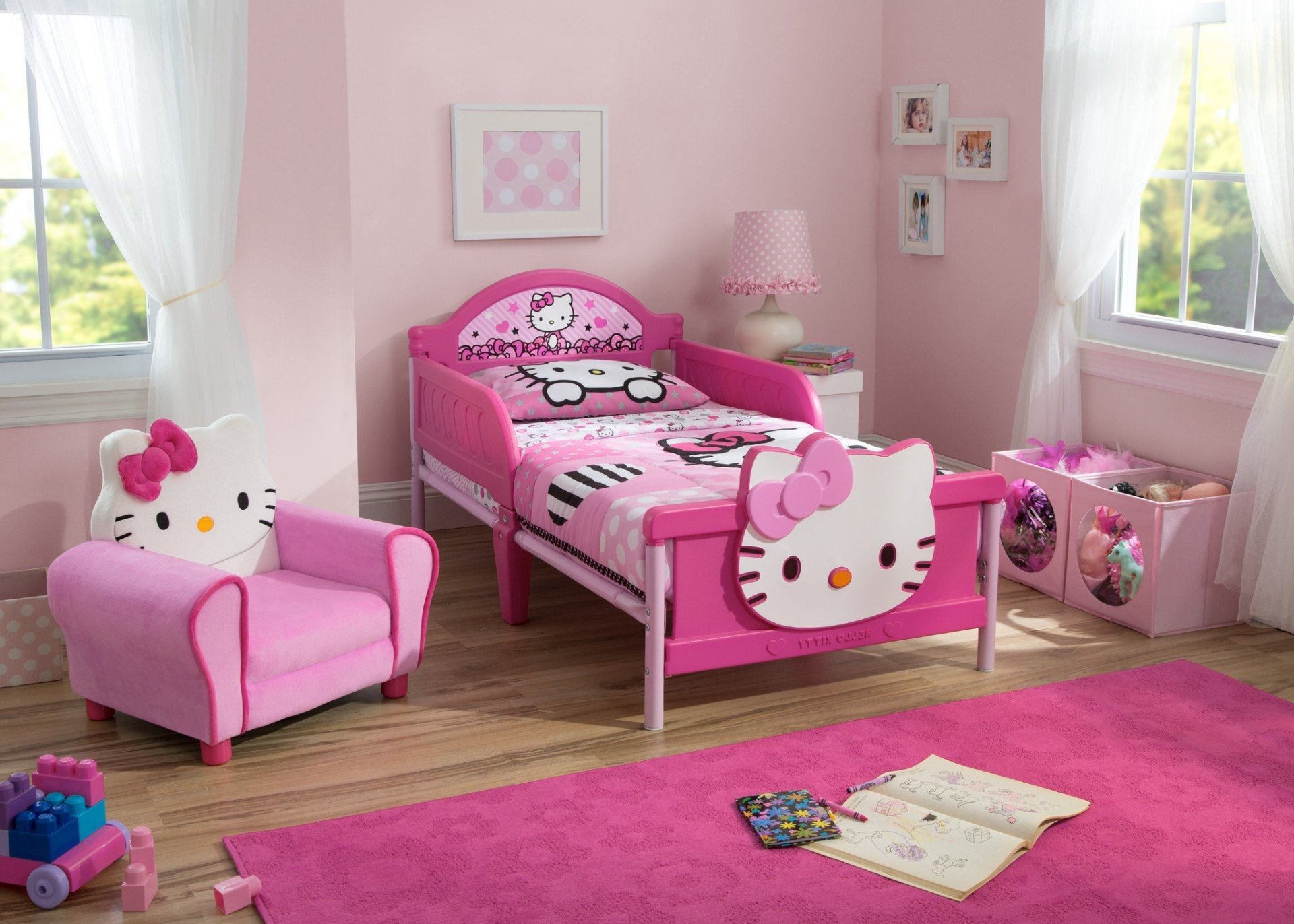 Delta Children Hello Kitty 3D Toddler Bed Right View A0a