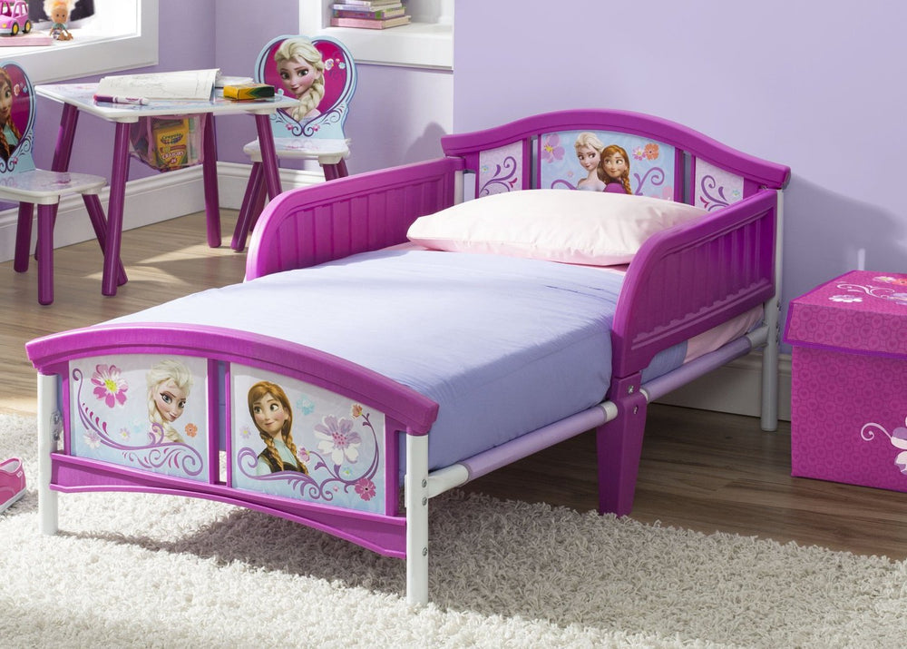 Delta Children Frozen Plastic Toddler Bed Room View a1a