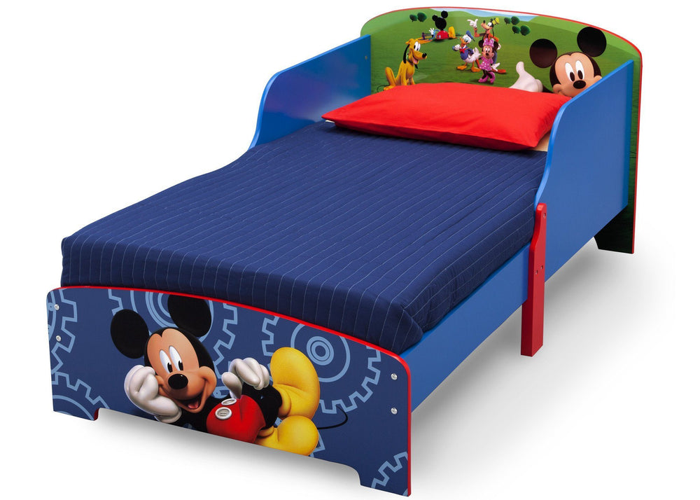 Delta Children Mickey Mouse Wood Toddler Bed a3a