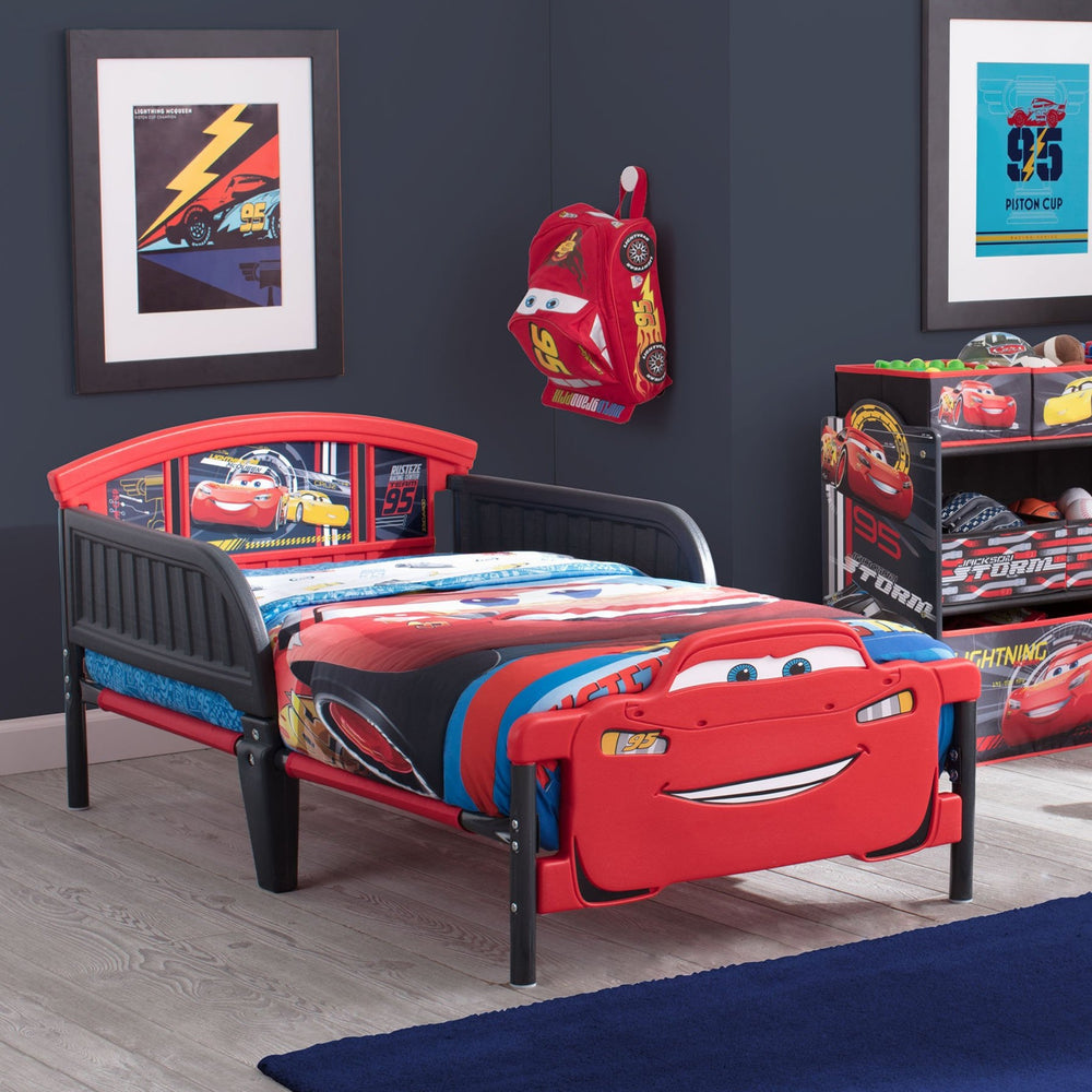 Delta Children Cars (1014) Cars 3D-Footboard Toddler Bed (BB87058CR), Room View, a1a