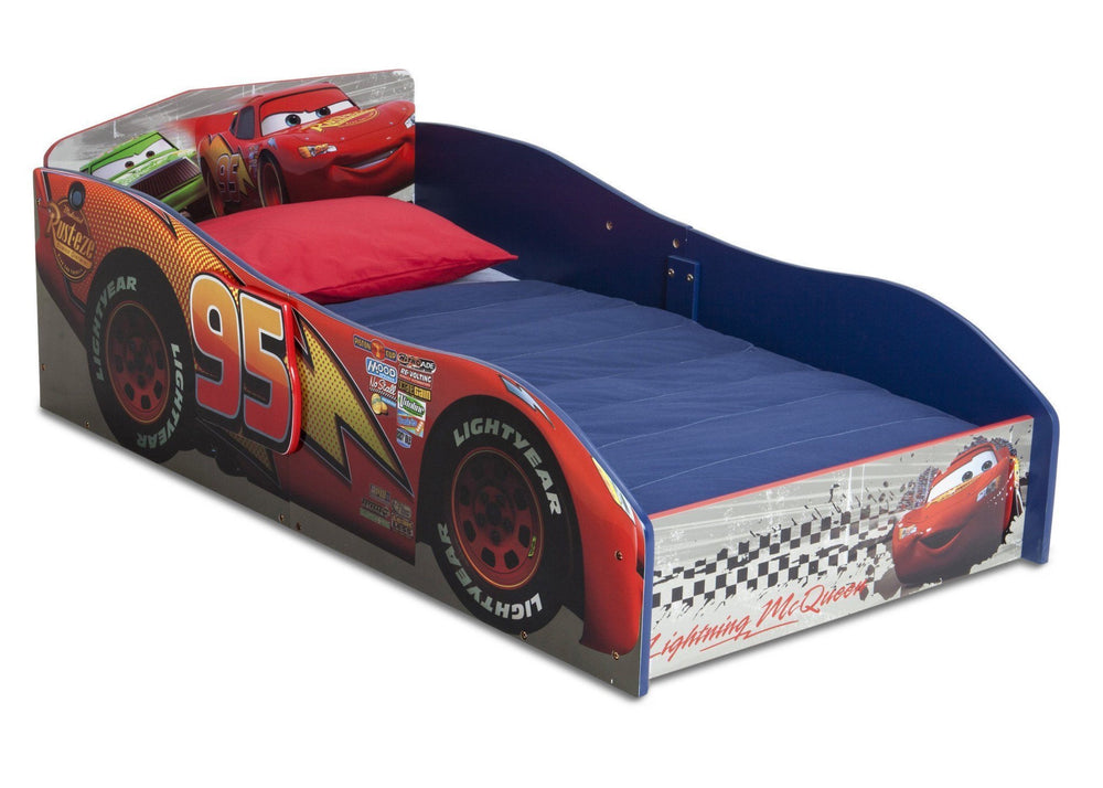Delta Children Cars Wood Toddler Bed Right Side View a3a