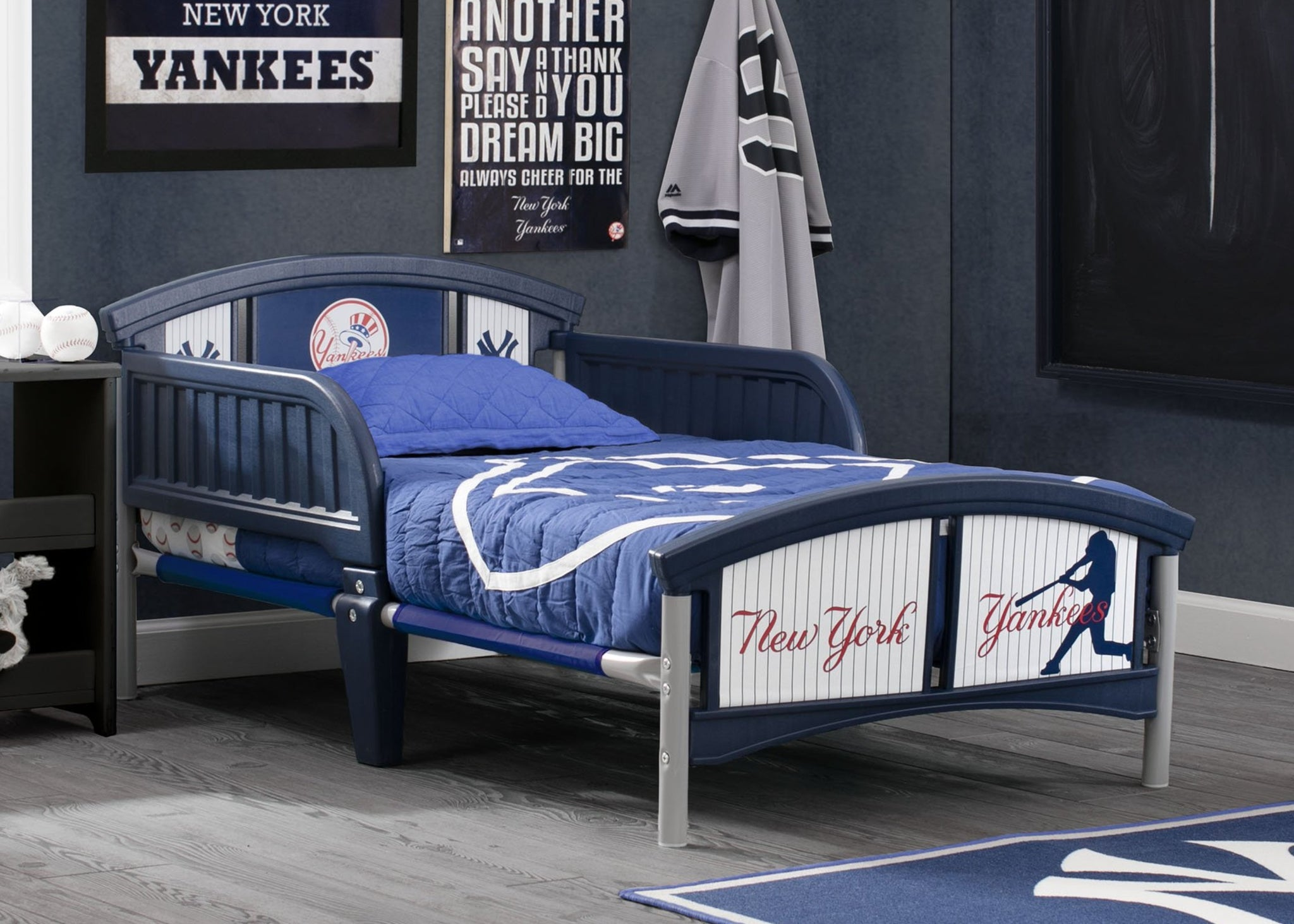 New York Yankees Plastic Toddler Bed