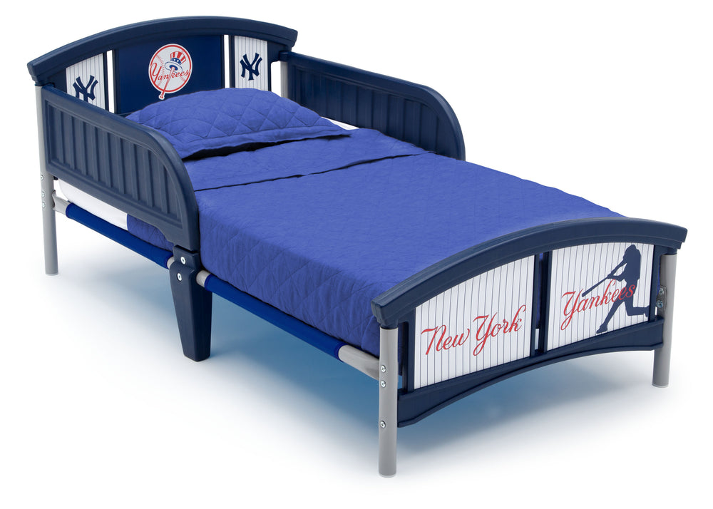 New York Yankees Plastic Toddler Bed Delta Children