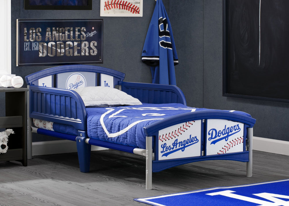 Los Angeles Dodgers Plastic Toddler Bed